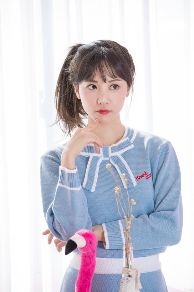 Ngắm trọn nhan sắc tựa thiên thần của nữ MC mới của LCK Kim Min Ah, không chỉ tài năng mà còn vô cùng xinh đẹp - Ảnh 31.