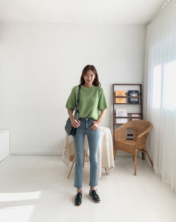 Quần skinny jeans có dấu hiệu hot trở lại và 12 cách diện bạn nên cập nhật ngay để sành điệu chẳng kém ai - Ảnh 1.