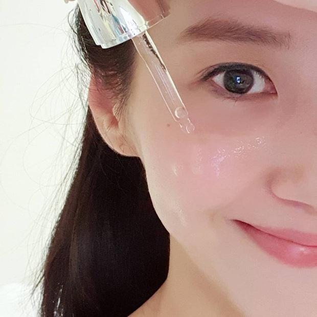 Mất bao lâu để da đẹp lên nhờ các thành phần skincare nổi tiếng? Đáp án sẽ giúp bạn biết cần kiên nhẫn hay buông bỏ sản phẩm đang dùng - Ảnh 1.