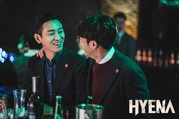 Cẩm nang trước giờ G của Hyena: Bóc phốt luật sư phục vụ giới siêu giàu, lần thứ 3 thái tử Joo Ji Hoon quyết tâm tẩy trắng? - Ảnh 9.