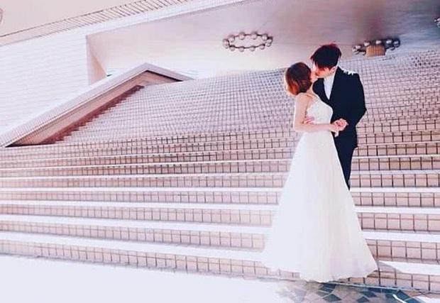 Cbiz hôm nay cũng có 1 đám cưới bí mật chẳng kém Touliver - Tóc Tiên: Cả hôn lễ chỉ có đúng... cô dâu chú rể tham dự - Ảnh 6.