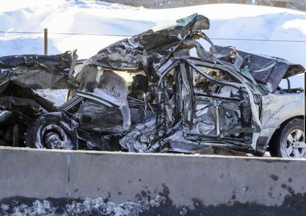 200 xe đâm liên hoàn: 2 người chết, 70 người bị thương - Ảnh 4.