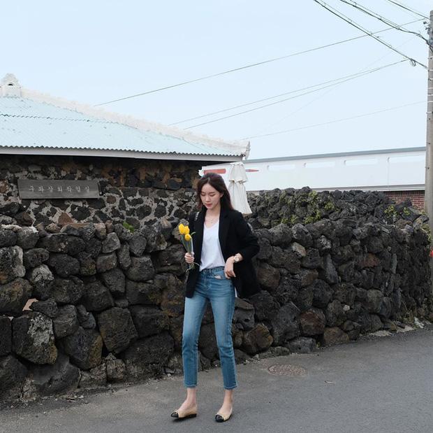 Quần skinny jeans có dấu hiệu hot trở lại và 12 cách diện bạn nên cập nhật ngay để sành điệu chẳng kém ai - Ảnh 9.