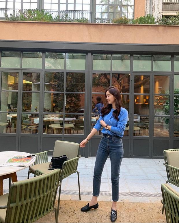Quần skinny jeans có dấu hiệu hot trở lại và 12 cách diện bạn nên cập nhật ngay để sành điệu chẳng kém ai - Ảnh 10.