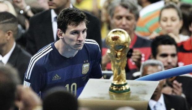 3 điều Messi cần làm để tiếp tục cho Ronaldo hít khói ở giải thưởng Quả Bóng Vàng năm nay - Ảnh 3.