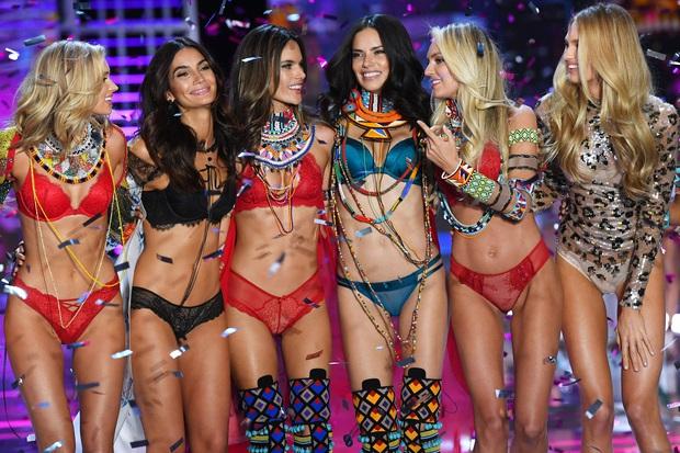 Thương hiệu nội y Victoria's Secret chính thức bị đem bán, tưởng tin buồn hóa ra lại là tin vui - Ảnh 1.