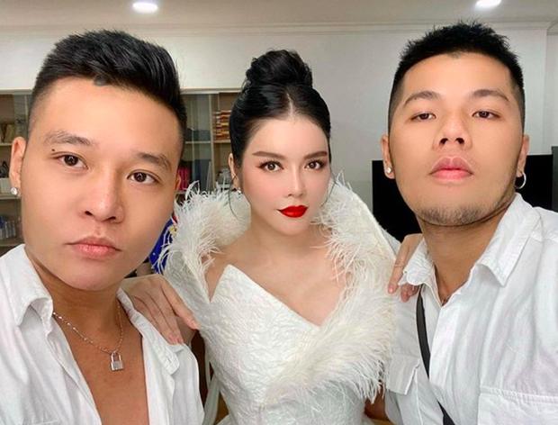 Bộ đôi LGBT nổi tiếng, từng hợp tác với toàn sao cỡ bự Vbiz cầu hôn trong đám cưới Tóc Tiên sau 8 năm yêu - Ảnh 6.