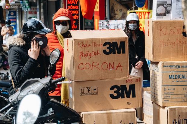 Toàn cảnh Việt Nam kiểm soát dịch COVID-19 ngay từ những ngày đầu bùng phát trên thế giới - Ảnh 8.