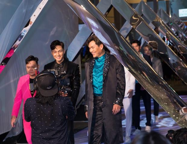 Mạc Trung Kiên xuất hiện bảnh bao, đầy tự tin trong các sự kiện giải trí Thái Lan - Ảnh 6.