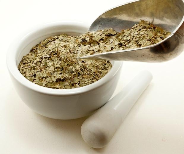 Bị mụn, răng yếu, rụng tóc: cây xoan ăn gỏi là lời giải cho cả 3 vấn đề sức khỏe này - Ảnh 3.