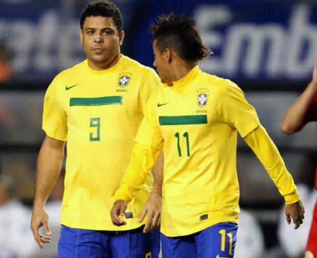 Cầu thủ đắt giá nhất thế giới thẳng thừng loại Ronaldo ra khỏi top 5 ngôi sao bóng đá hay nhất hành tinh hiện nay - Ảnh 2.