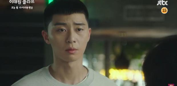 Biến căng preview tập 8 Tầng Lớp Itaewon: Mải nói năng vô lối, điên nữ bị ông chủ Park Seo Joon đuổi việc? - Ảnh 8.
