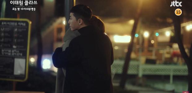 Biến căng preview tập 8 Tầng Lớp Itaewon: Mải nói năng vô lối, điên nữ bị ông chủ Park Seo Joon đuổi việc? - Ảnh 5.