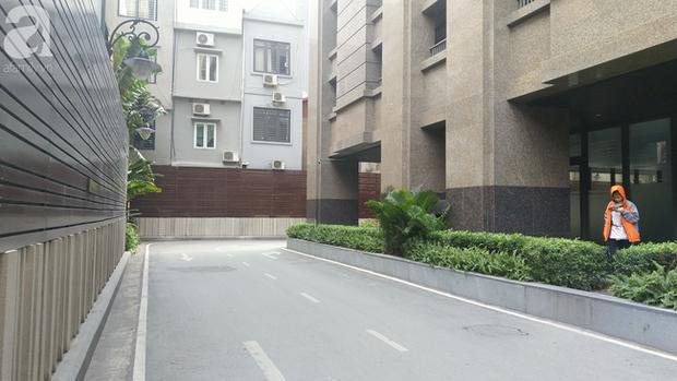 Hà Nội: Cư dân chung cư cao cấp phẫn nộ phát hiện bảo vệ tè bậy ngay tại tầng hầm - Ảnh 5.