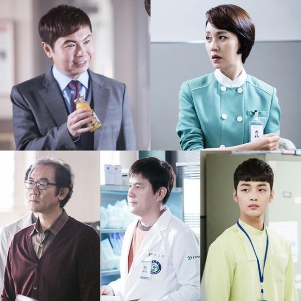 """Nhanh tay """"cày"""" Người Thầy Y Đức: Series xứng đáng là chuẩn mực phim y khoa xứ Hàn! - Ảnh 13."""