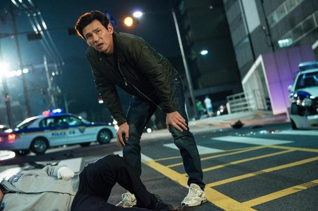 Tận dụng độ hot của Crash Landing on You, Hyun Bin tiếp tục làm anh lính đã xác nhận đóng phim điện ảnh mới - Ảnh 2.