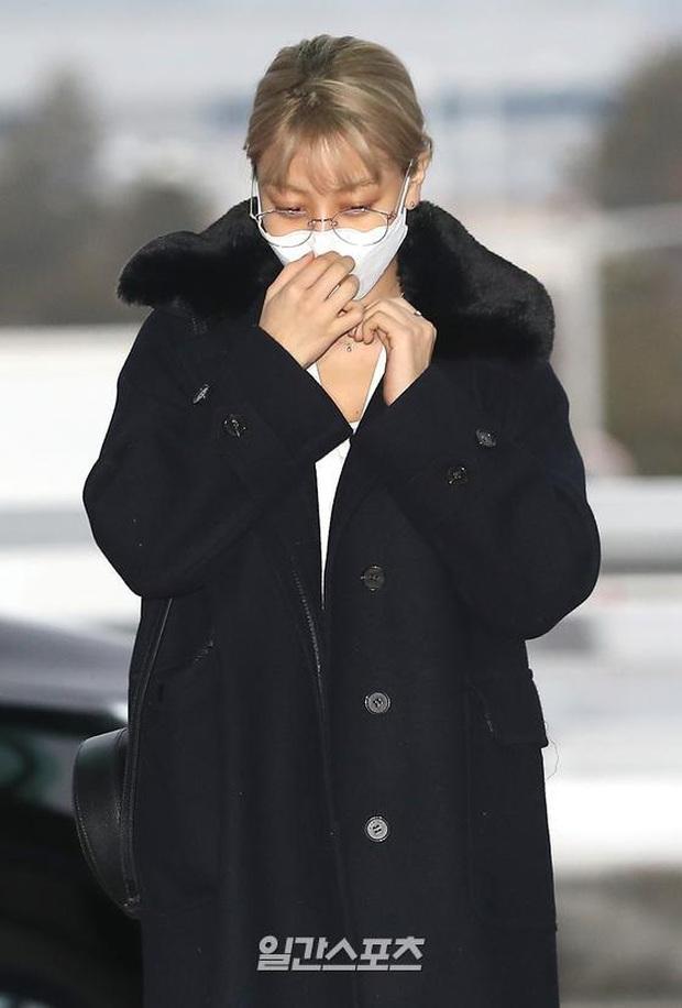 Màn đụng độ hot nhất ngày: Jennie hóa rich kid, mỹ nhân đẹp nhất thế giới năm 2019 và TWICE có cân được BLACKPINK? - Ảnh 18.