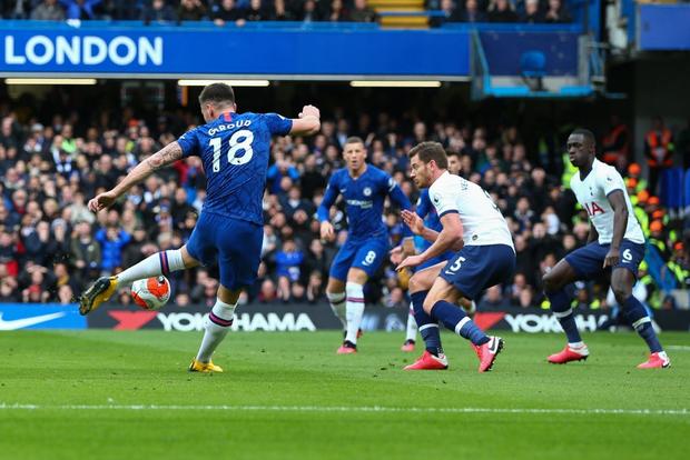 Tottenham lại toang khi vắng Son Heung-min: Bị đối thủ cùng thành phố bóp nghẹt, phải nhờ đến thần may mắn mới có bàn thắng rút ngắn tỉ số - Ảnh 1.