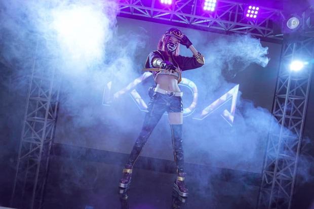 Tan chảy trước nhan sắc tuyệt trần của nữ cosplayer xứ Kim Chi, tái hiện lại những nhân vật ảo một cách quyến rũ và sống động - Ảnh 1.