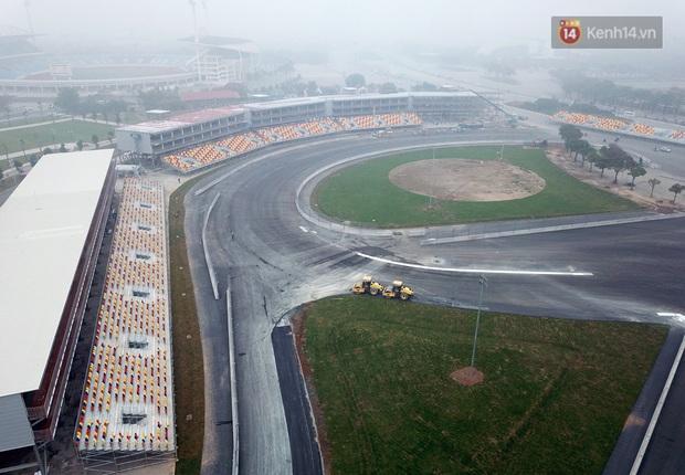 Cận cảnh đường đua F1 tại Hà Nội đang được gấp rút hoàn thành - Ảnh 3.