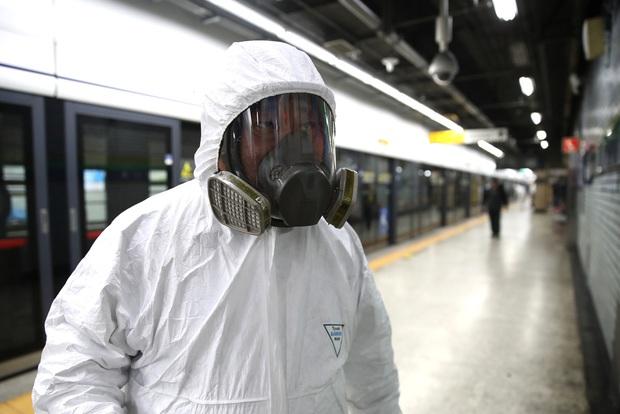 WHO cảnh báo: Cánh cửa cơ hội để ngăn dịch virus corona đang dần khép lại và phải hành động ngay để không lãng phí - Ảnh 3.