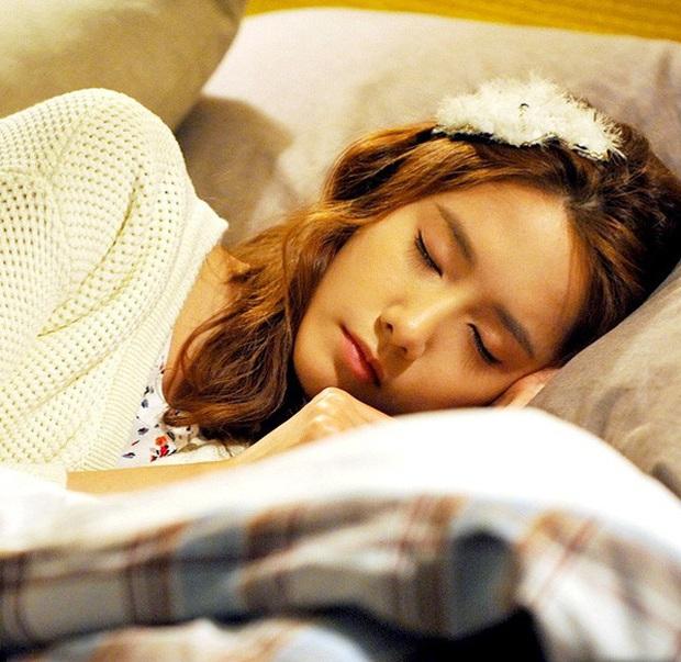 Sau khi ngủ dậy cả người mệt mỏi không có sức lực, điều này còn nguy hiểm hơn việc bạn mất ngủ! - Ảnh 2.