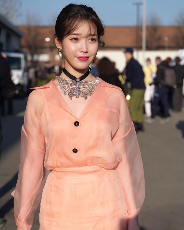 Dàn nữ thần Hàn đọ đại náo nước Ý: Song Hye Kyo đụng độ Han Ye Seul, em gái quốc tế Lisa có cân được em gái quốc dân IU? - Ảnh 11.