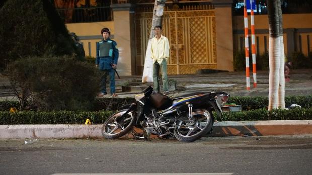 Chạy xe máy tốc độ cao tông vào con lươn ven đường, người đàn ông chết thảm - Ảnh 3.