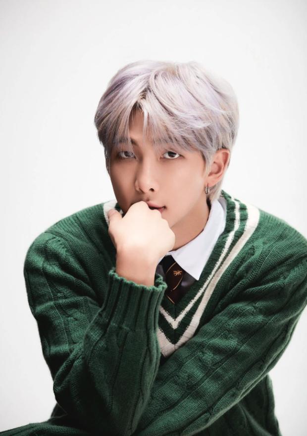 Bạn hợp cạ với thành viên nào nhất trong BTS? Cùng kiểm chứng bằng các bài hát trong album mới nhất Map of the Soul: 7 - Ảnh 1.