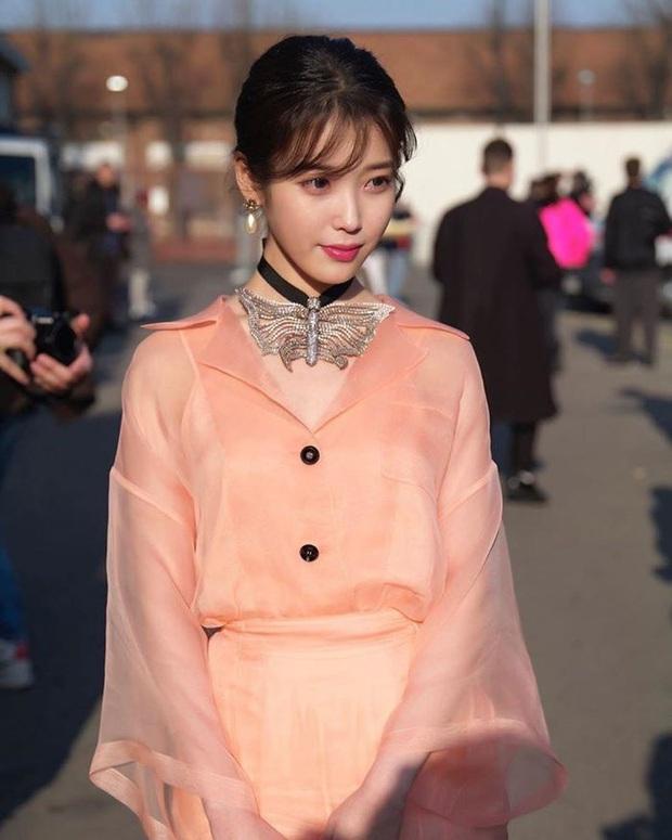 Dàn nữ thần Hàn đọ đại náo nước Ý: Song Hye Kyo đụng độ Han Ye Seul, em gái quốc tế Lisa có cân được em gái quốc dân IU? - Ảnh 10.