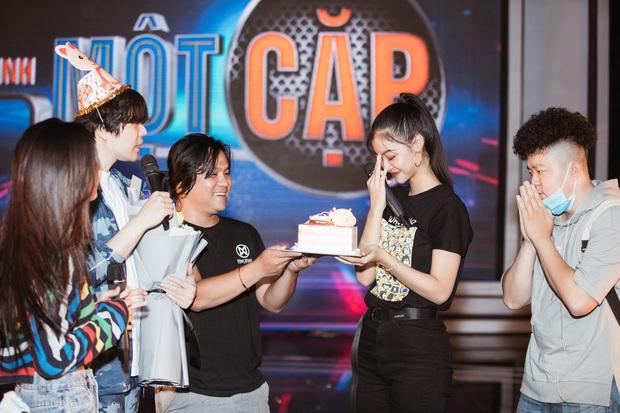 Trịnh Thăng Bình bất ngờ tạo drama khiến Á hậu Kiều Loan khóc nức nở trong ngày sinh nhật - Ảnh 5.
