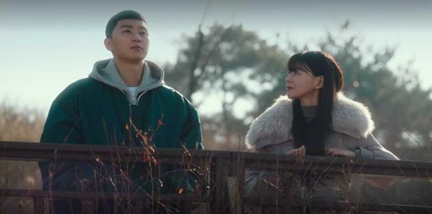 Tình đầu của Park Seo Joon ở Tầng Lớp Itaewon khiến hội chị em bực mình vì tông make up chó đốm ngộ nghĩnh - Ảnh 10.