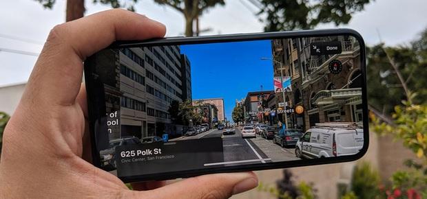 Đeo balo bự chảng gắn iPhone 11 Pro đi khắp phố phường chụp choẹt: Đây là cách để Apple Maps có những tấm hình thật nhất - Ảnh 2.