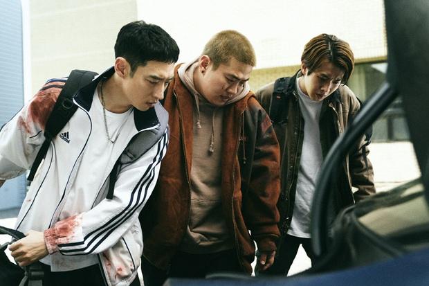 Điện ảnh Hàn Quốc thất thu trong mùa dịch, hàng loạt phim hay hoãn chiếu vô thời hạn - Ảnh 4.
