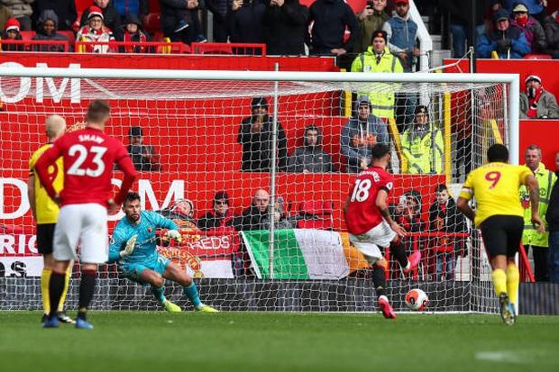 Tân binh đắt giá tỏa sáng, MU thắng dễ trên sân nhà để nuôi hy vọng trở lại Champions League - Ảnh 3.