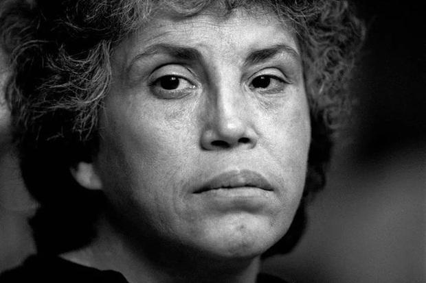 Nữ nhiếp ảnh gia mất cảm giác an toàn ở nơi gọi là nhà khi chứng kiến bạo lực gia đình cùng hàng loạt câu chuyện bi kịch đằng sau - Ảnh 9.
