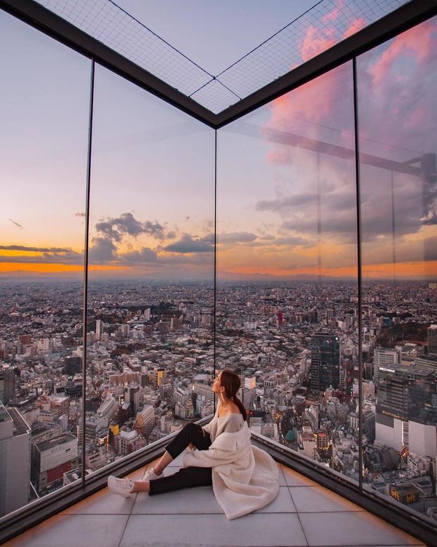 """""""Thang cuốn lên thiên đường"""" hot nhất Nhật Bản: hội mê chụp choẹt sẵn sàng chi bội tiền để chiêm ngưỡng toàn cảnh khu phố từ trên cao - Ảnh 8."""