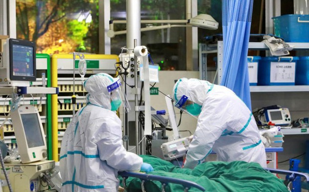 Thêm một nữ bác sĩ tại bệnh viện Vũ Hán tử vong vì Covid-19 - Ảnh 1.