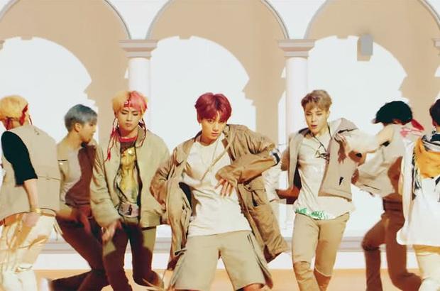 Những MV đạt 100 triệu views nhanh nhất Kpop: BTS lập kỷ lục 24 giờ quá khủng nhưng lại đuối sức trước nữ hoàng Youtube BLACKPINK trên đường dài? - Ảnh 11.