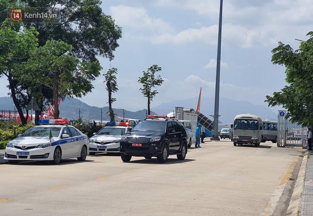 Đoàn du khách Hàn Quốc không đồng ý cách ly tại bệnh viện ở Đà Nẵng - Ảnh 2.