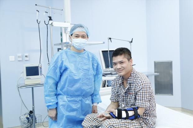 Việt Nam thực hiện thành công ca ghép chi thể đầu tiên trên thế giới lấy từ người cho sống - Ảnh 2.