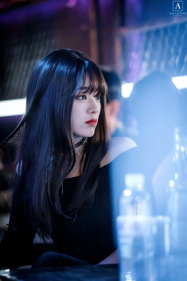 Suốt 8 tập đổi tận 3 kiểu tóc, mỹ nữ chuyển giới của Tầng Lớp Itaewon vẫn cân mọi tạo hình làm netizen u mê không lối thoát - Ảnh 3.