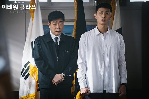 Kẻ chính nhân quân tử Park Sae Ro Yi: Từ báo thù đến tài thao lược quán nhậu ở Tầng Lớp Itaewon, làm gì người ta cũng phục! - Ảnh 2.
