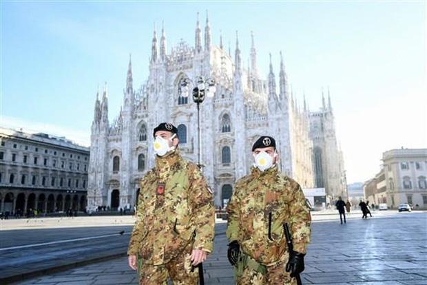 Italia ghi nhận người thứ 5 thiệt mạng vì Covid-19, số ca nhiễm tăng lên 129 - Ảnh 1.