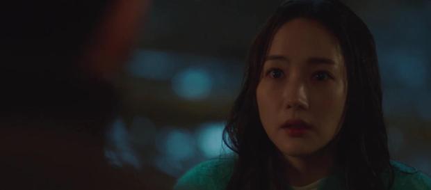 Trời Đẹp Em Sẽ Đến tập 1: Park Min Young đi làm bị đánh bờm đầu, chán nản bỏ về quê được crush tỏ tình luôn - Ảnh 8.