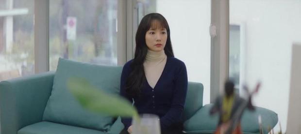 Trời Đẹp Em Sẽ Đến tập 1: Park Min Young đi làm bị đánh bờm đầu, chán nản bỏ về quê được crush tỏ tình luôn - Ảnh 6.