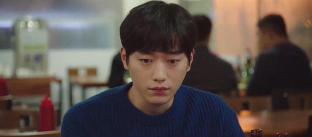 Trời Đẹp Em Sẽ Đến tập 1: Park Min Young đi làm bị đánh bờm đầu, chán nản bỏ về quê được crush tỏ tình luôn - Ảnh 11.