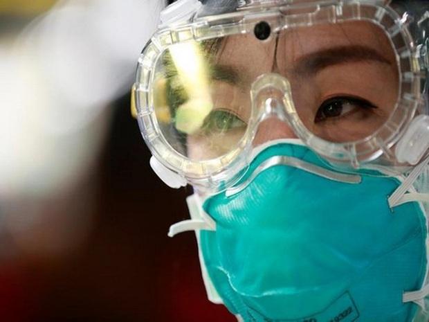 Chuyên gia Hàn Quốc: Nữ bệnh nhân số 31 chưa chắc đã là trường hợp siêu lây nhiễm virus corona - Ảnh 3.