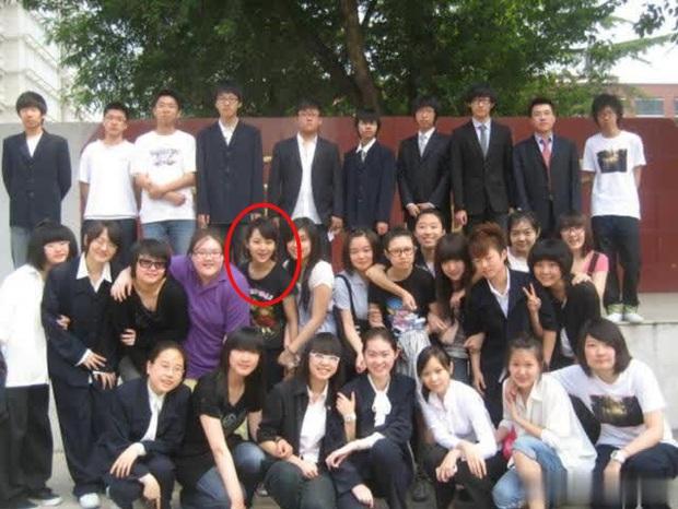 Dương Tử từng nhận mình xấu nhất lớp nhưng ảnh cấp 3 và năm 16 tuổi lại chứng minh điều ngược lại - Ảnh 2.