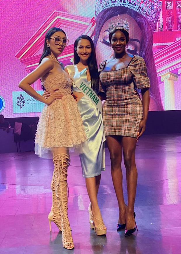 Hoài Sa hé lộ sương sương Quốc phục tại Miss International Queen 2020: Áo dài đỏ rực, quyền lực như nữ chiến binh - Ảnh 8.
